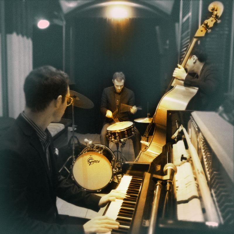 """Die """"Jazz Salon Nights"""" im Kellergewölbe des Gärtnerplatztheater mit dem Julian Schmidt Trio"""