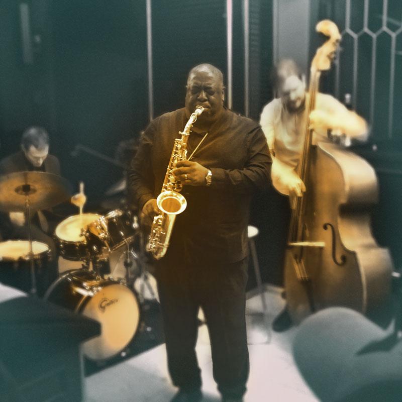 """Die """"Jazz Salon Nights"""" im Kellergewölbe des Gärtnerplatztheater mit Jesse Davis"""