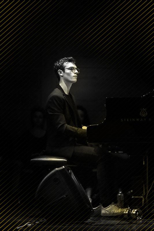 Julian Schmidt Jazz Pianist musikalischer Leiter